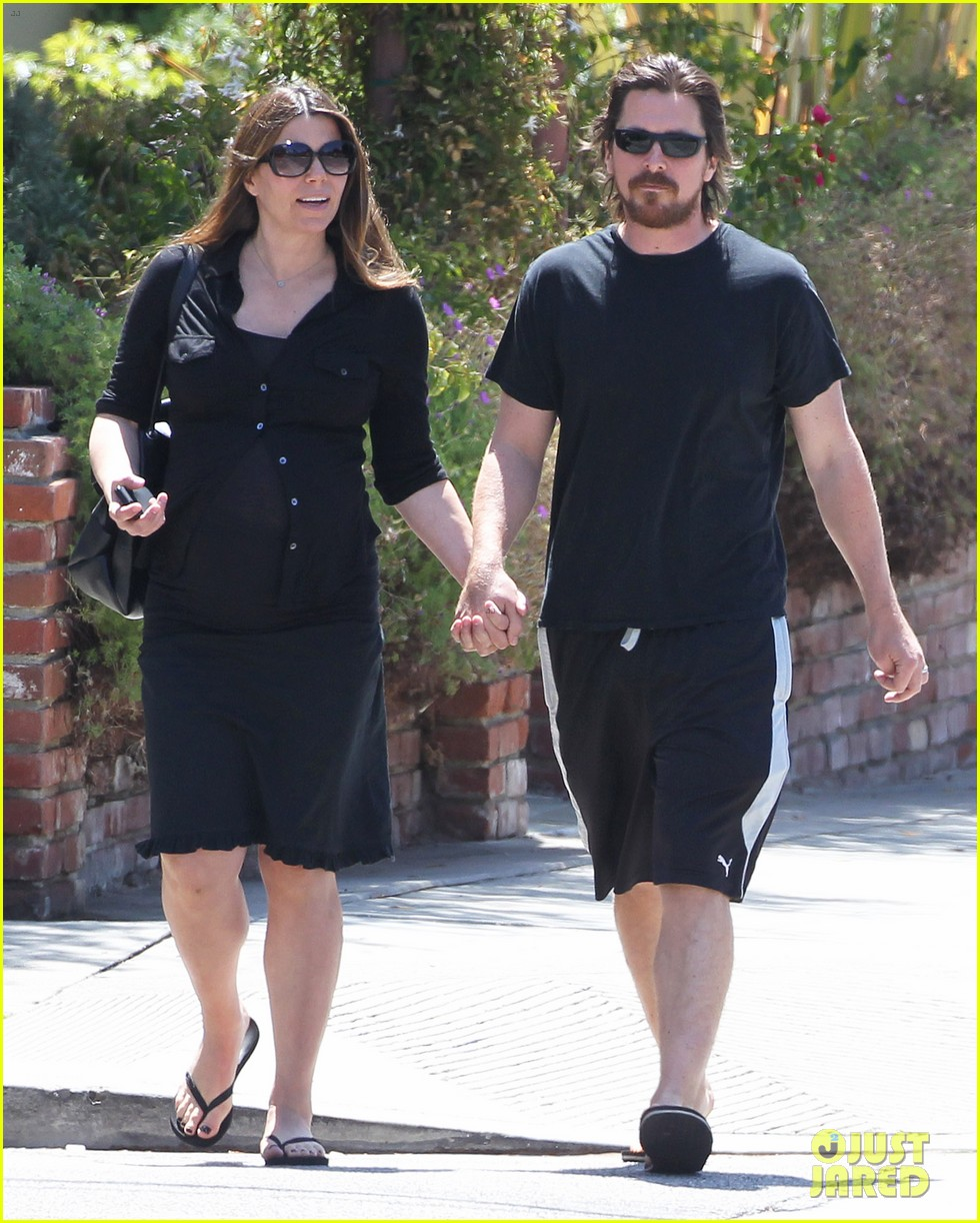 christian bale pregnant wife sibi hold hands 133119693