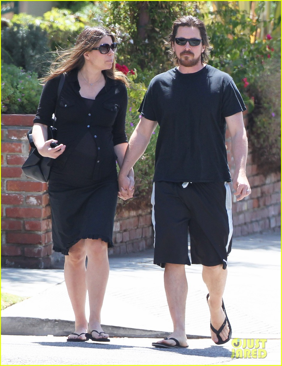 christian bale pregnant wife sibi hold hands 163119696