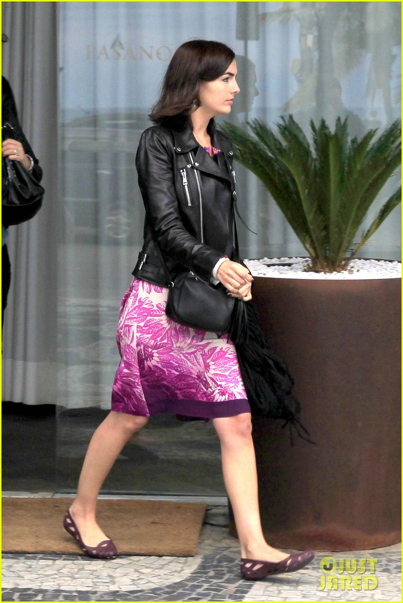 camilla belle continues her tour of brazil with gucci 223124826