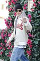 justin bieber holds onto van while riding skateboard 19