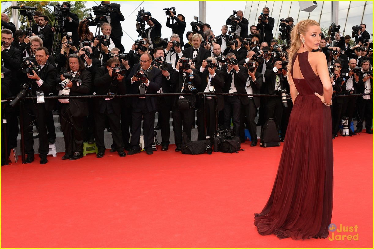 blake lively adele exarchopoulos cannes opening premiere 113113187