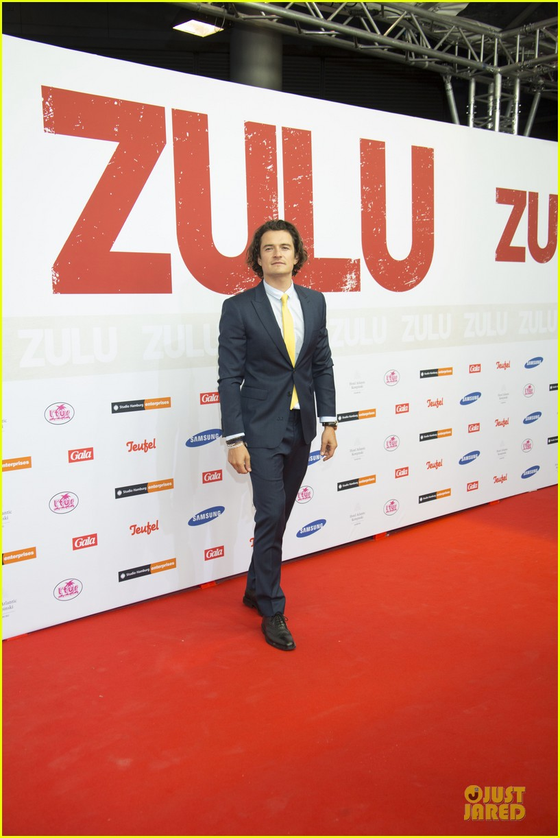 orlando bloom yellow tie zulu germany premiere 163106640