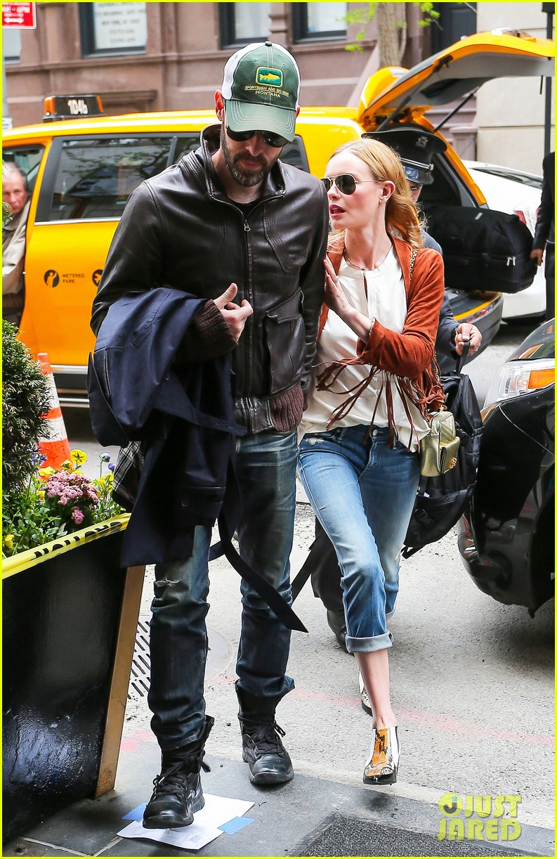 kate bosworth michael polish central park stroll 073104144