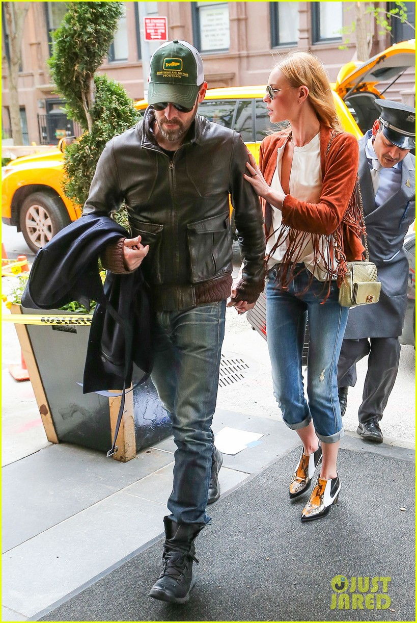 kate bosworth michael polish central park stroll 093104146