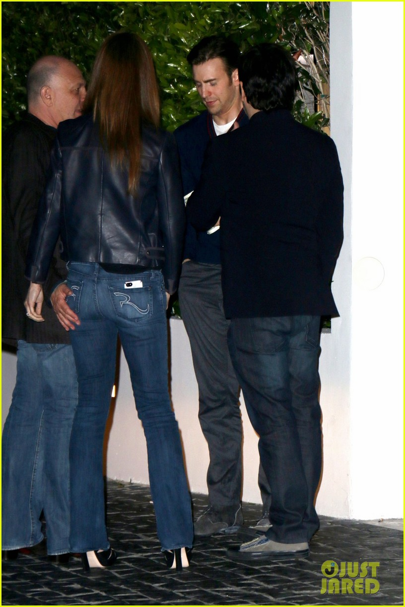 sandra bullock chris evans chelsea handler have dinner together 02