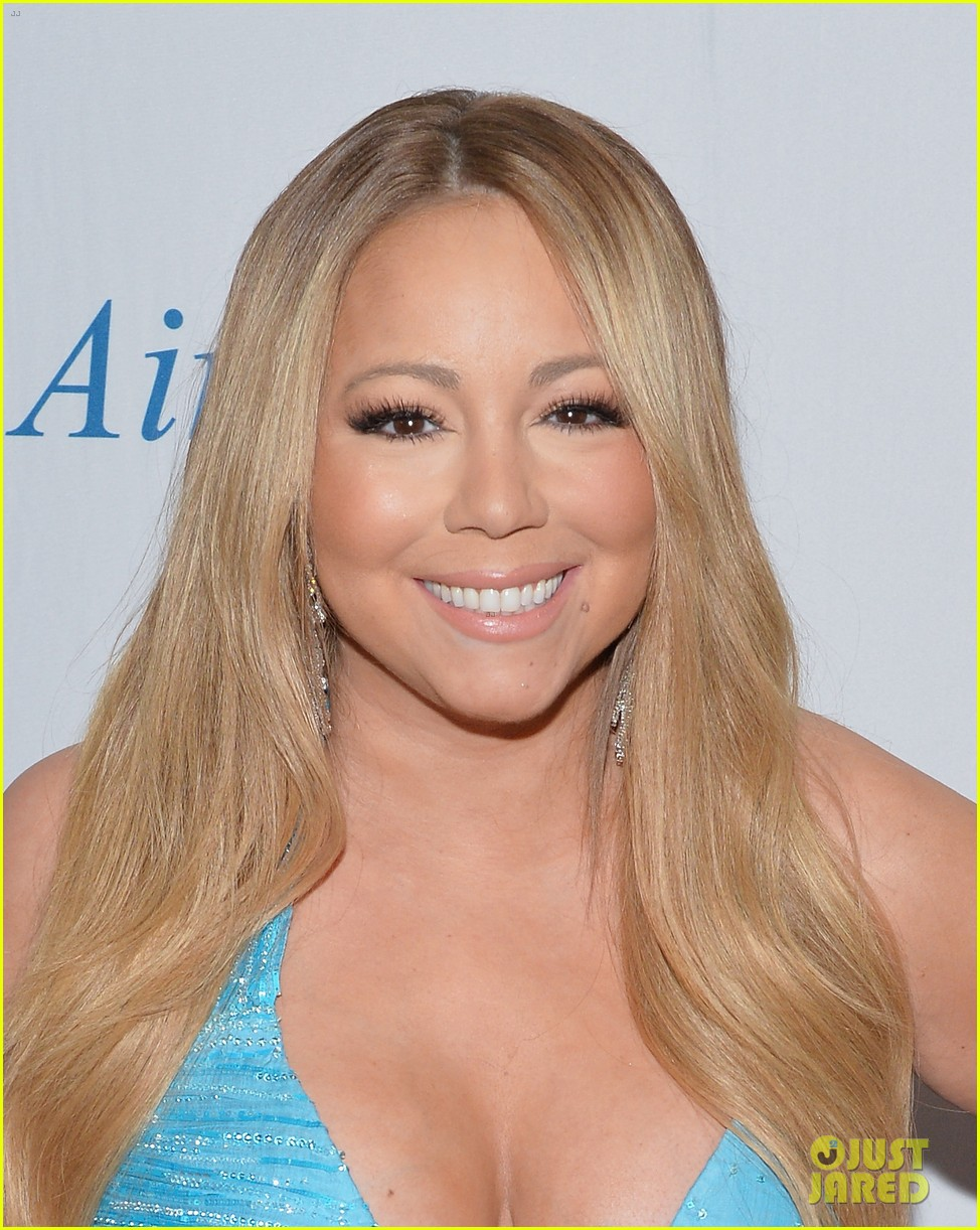 mariah carey flaunts major cleavage fresh air fund gala 013124321