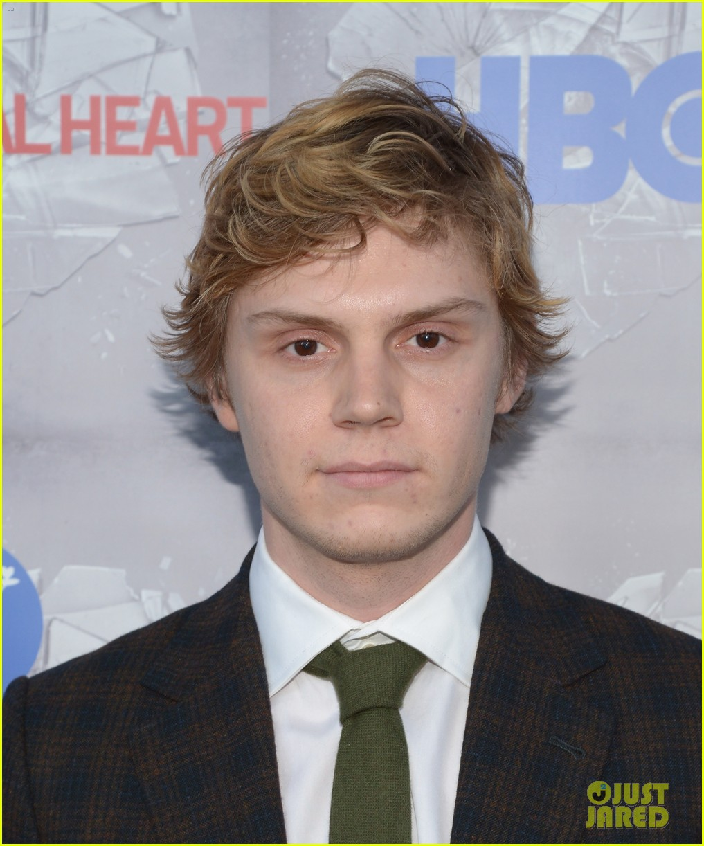 chord overstreet evan peters normal heart premiere 033118012