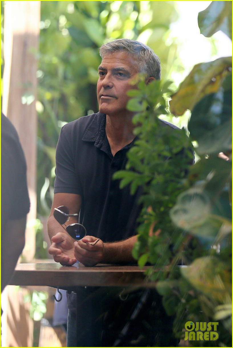 George Clooney & Amal Alamuddin Celebrate Their Engagement Surrounded By Celebrity Friends! George-clooney-celebrates-engagement-to-amal-alamuddin-surrounded-by-celebrity-pals-04