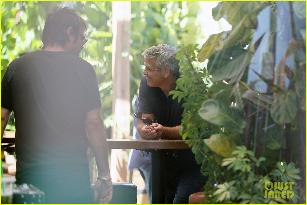 George Clooney & Amal Alamuddin Celebrate Their Engagement Surrounded By Celebrity Friends! George-clooney-celebrates-engagement-to-amal-alamuddin-surrounded-by-celebrity-pals-08