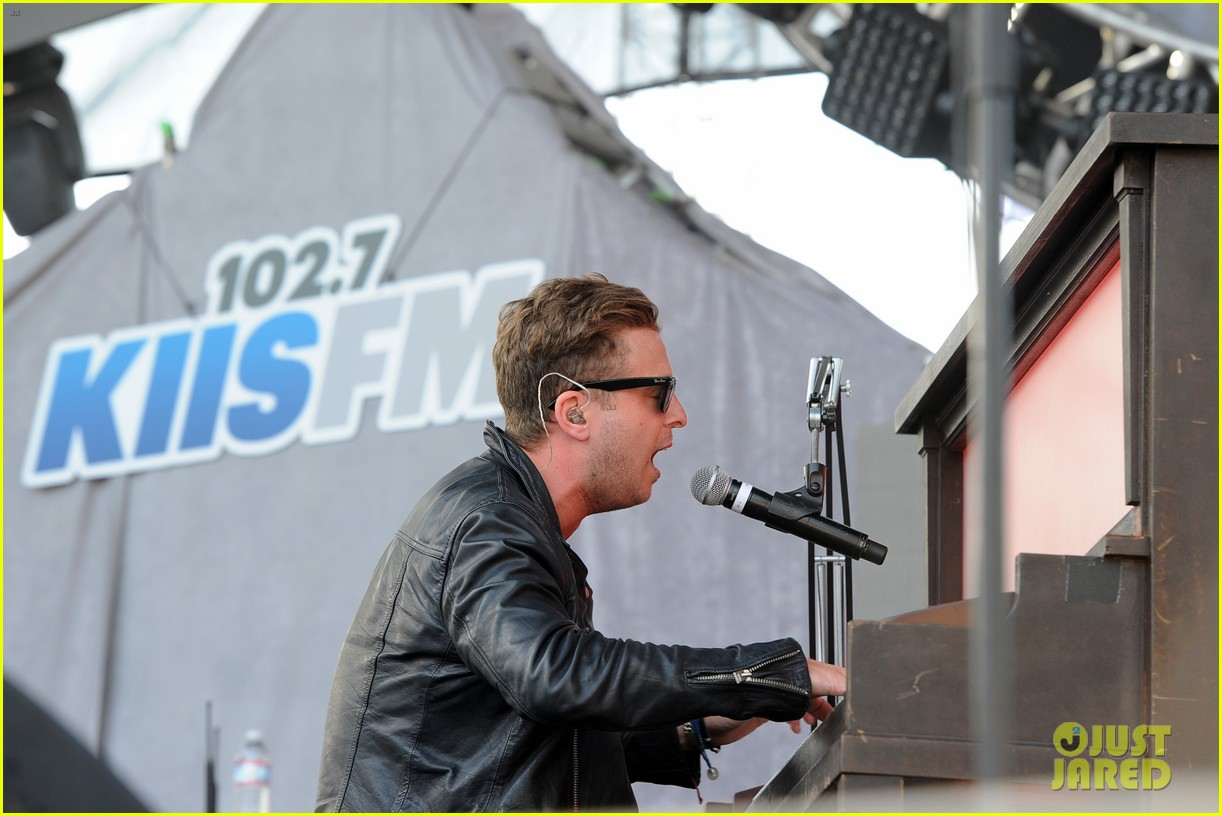 cody simpson one republic wango tango 2014 09