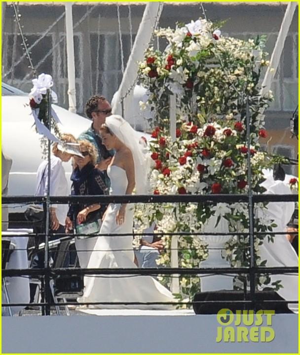 bradley cooper sienna miller just got married 17