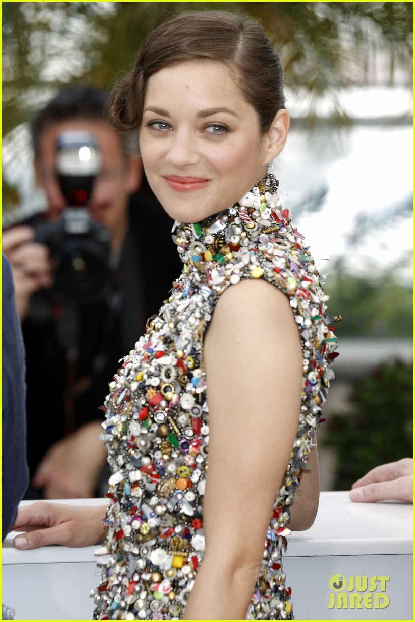 marion cotillard cannes two days one night photo call 02