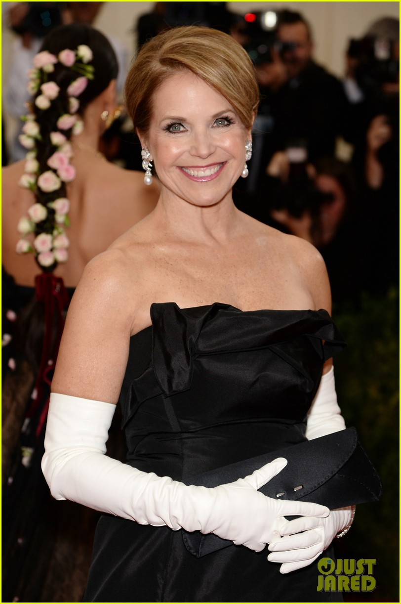 katie couric white glove glam at met ball 2014 04