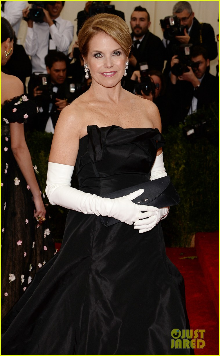 katie couric white glove glam at met ball 2014 07