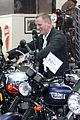 daniel craig motorcycle shopping rachel weisz lobster 07