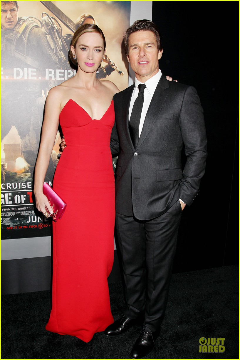 tom cruise emily blunt edge of tomorrow premiere final 013123585