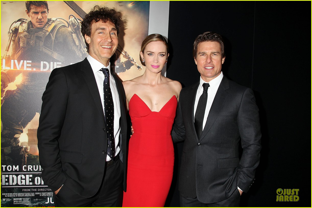tom cruise emily blunt edge of tomorrow premiere final 133123597
