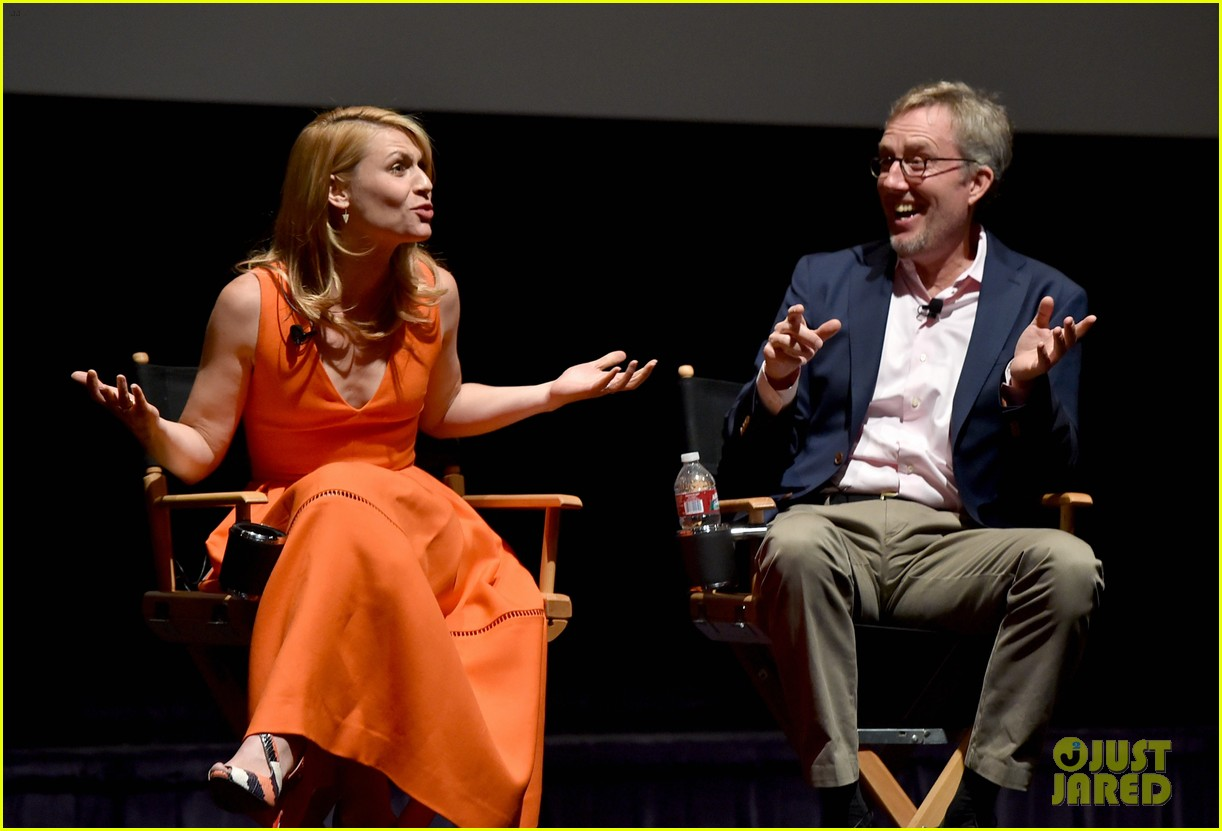 claire danes starts emmy campaign with homeland screening 11