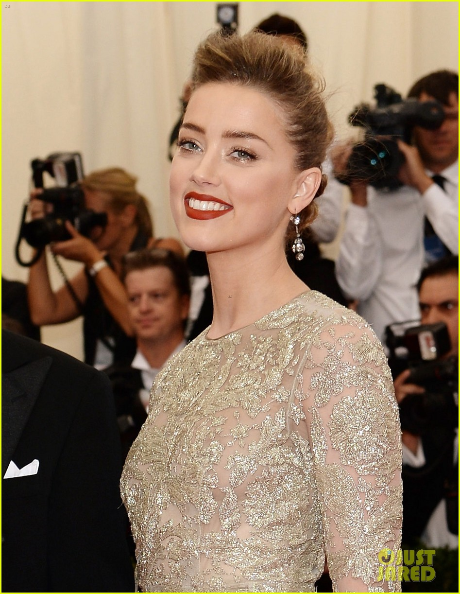 johnny depp amber heard met ball 2014 02