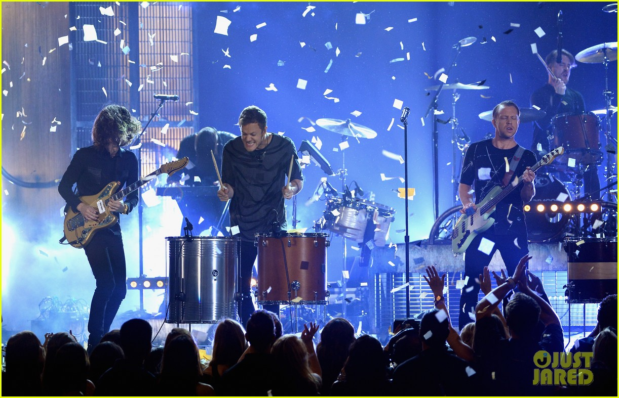imagine dragons performs tiptoe at billboard music awards 2014 063117012