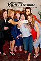tv drama actresses take silly selfie variety studio 22