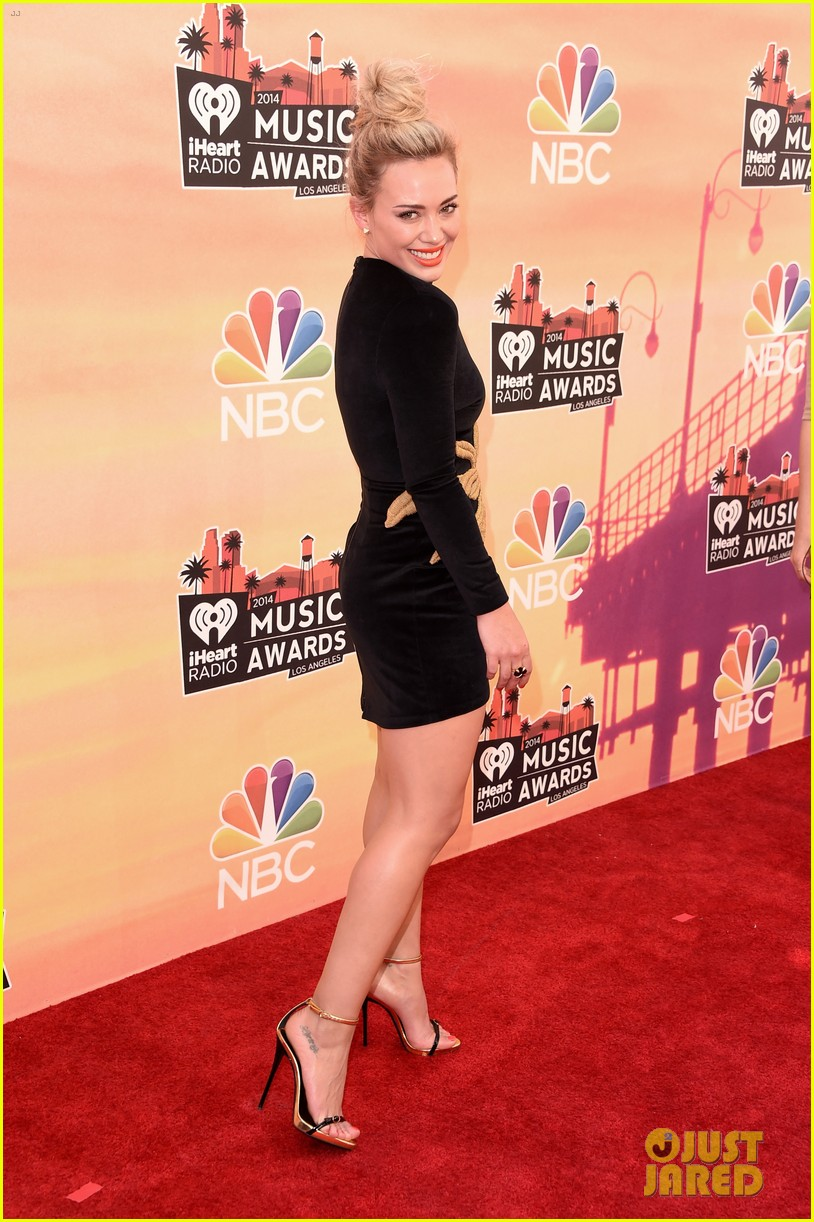hilary duff iheartradio music awards 2014 03