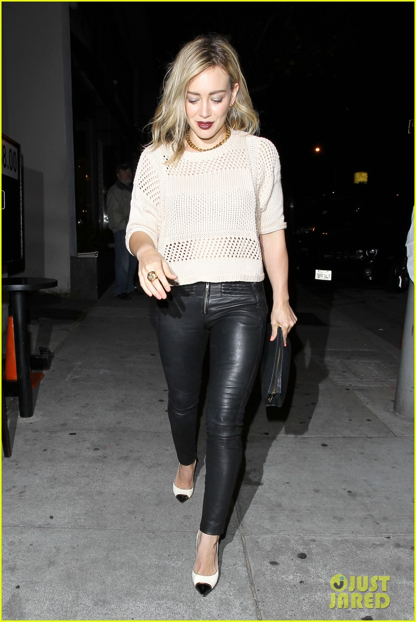 hilary duff shares adorable pic luca night out friends 09