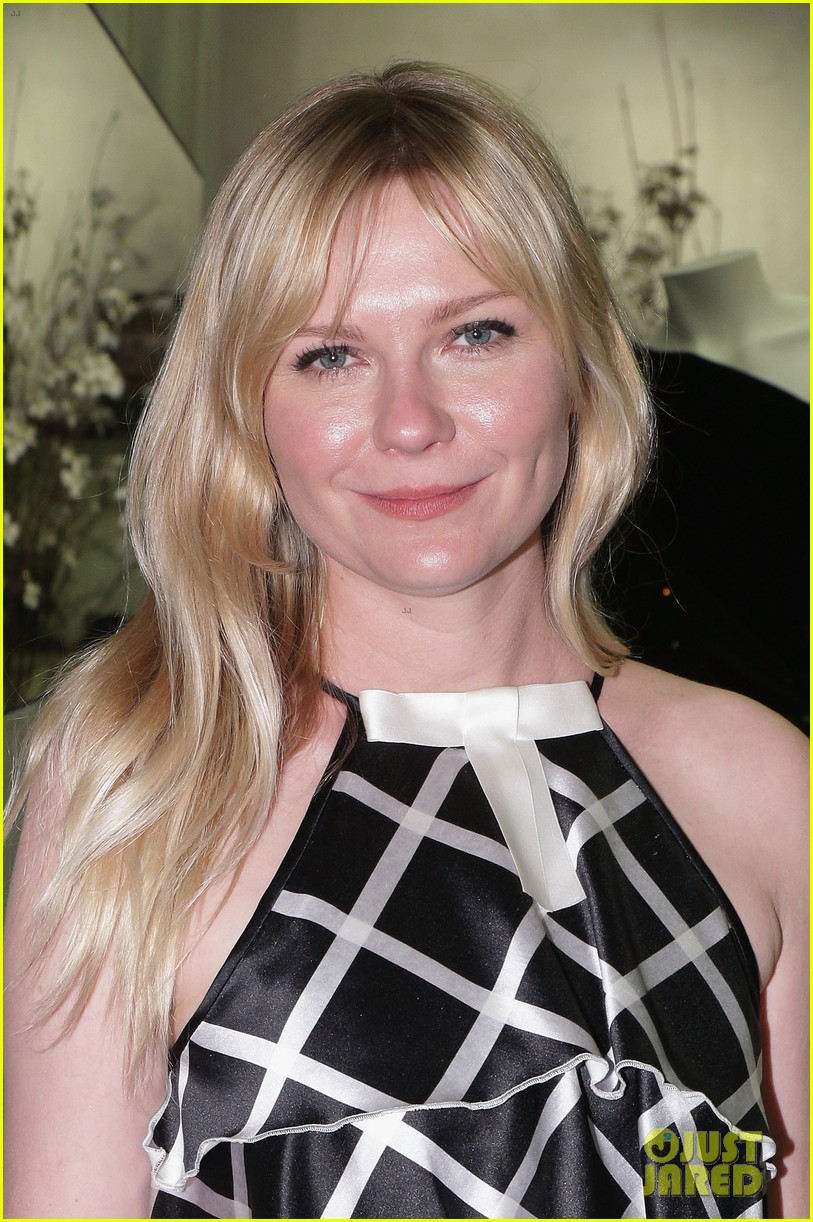 kirsten dunst is rodarte ready for met ball 12
