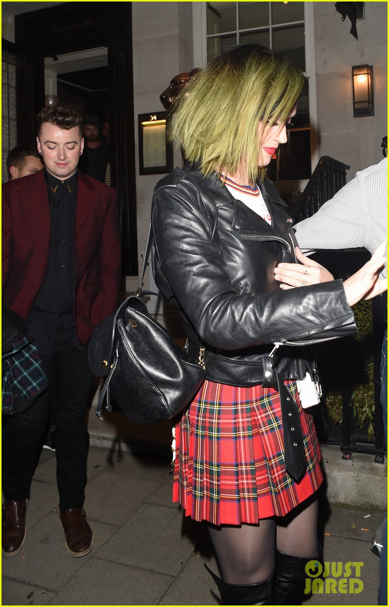 ellie goulding katy perry dine out together in london 103115057