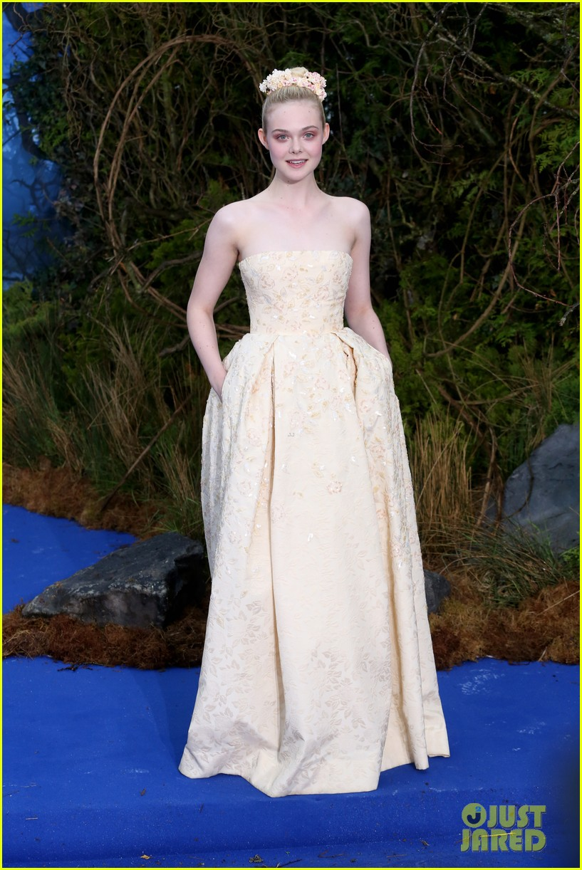 Elle Fanning: 'Maleficent' Private Reception in London on ...