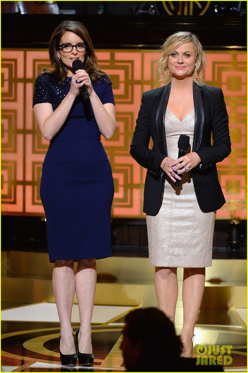 tina fey amy poehler reunite on stage for don rickles one night only all star comedy tribute 07