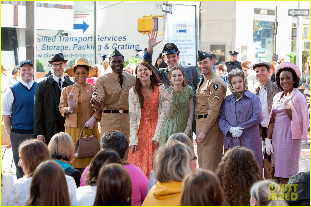 sutton foster performs on my way with cast of violet on the today show watch now 073106756