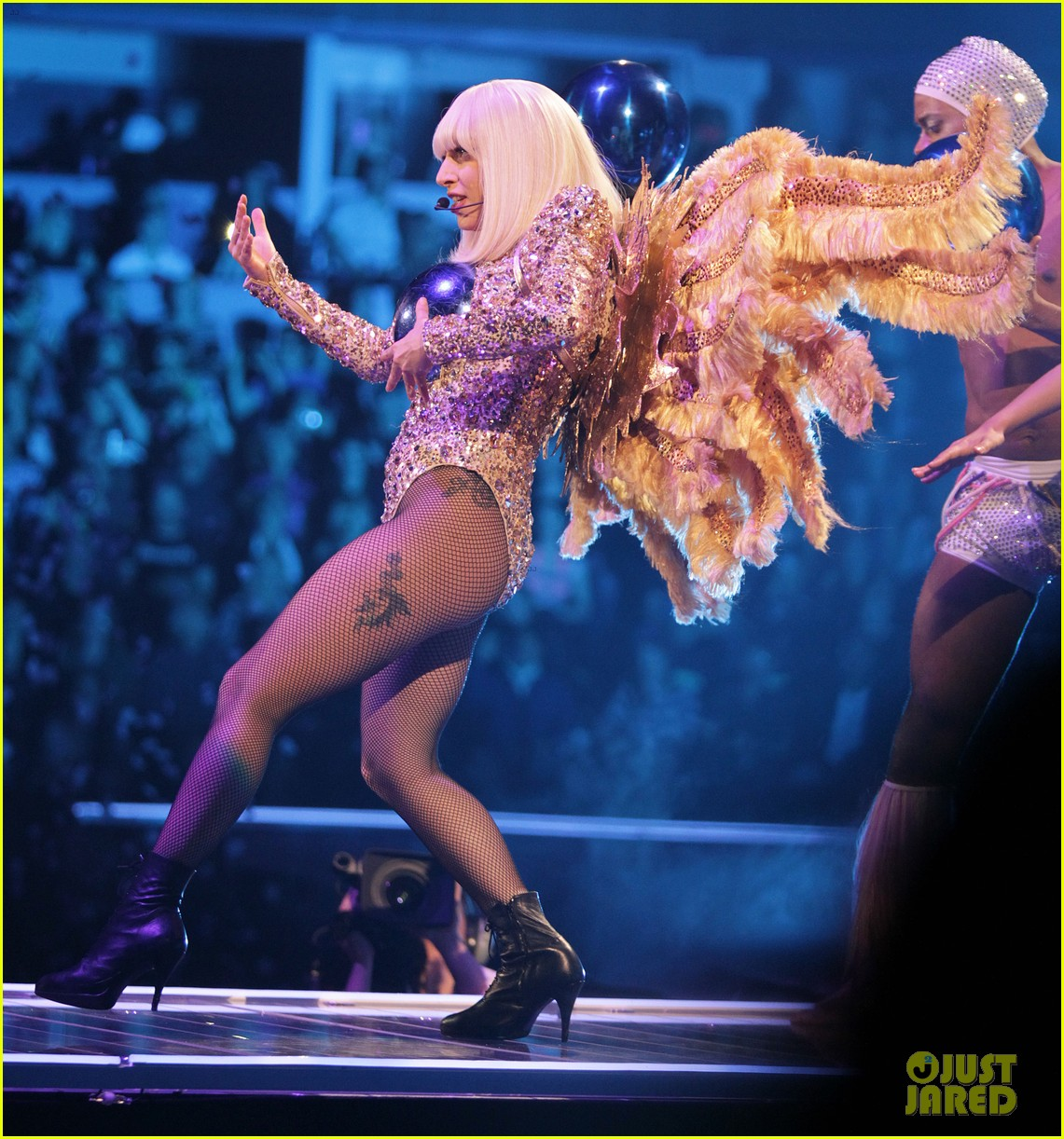 lady gaga monsters calgary artrave concert 05