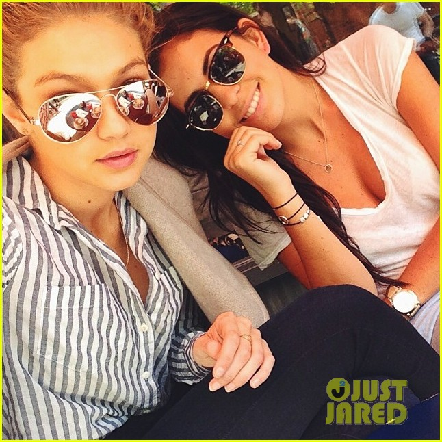 gigi hadid hail taxi late lunch 02