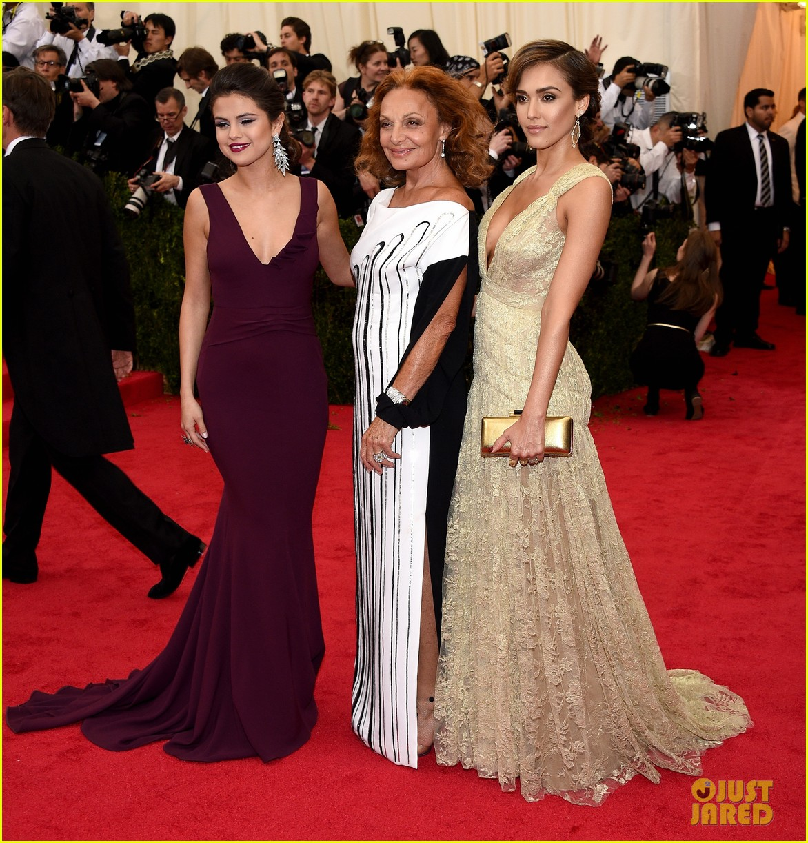 selena gomez taylor swift put feud rumors to rest met ball 18