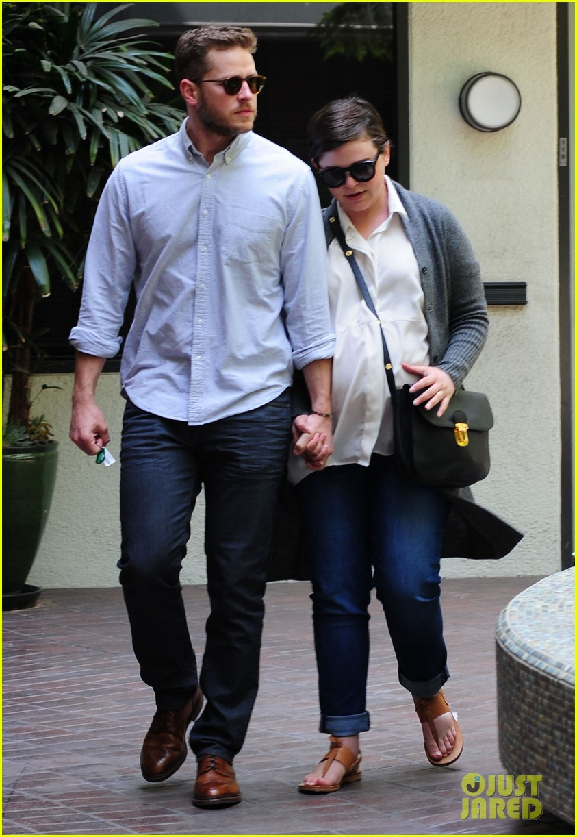 ginnifer goodwin looks like she could give birth any day now 113109357