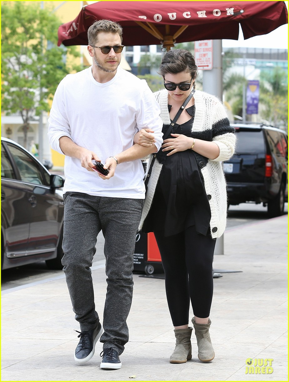 ginnifer goodwin josh dallas grab lunch before season finale 01