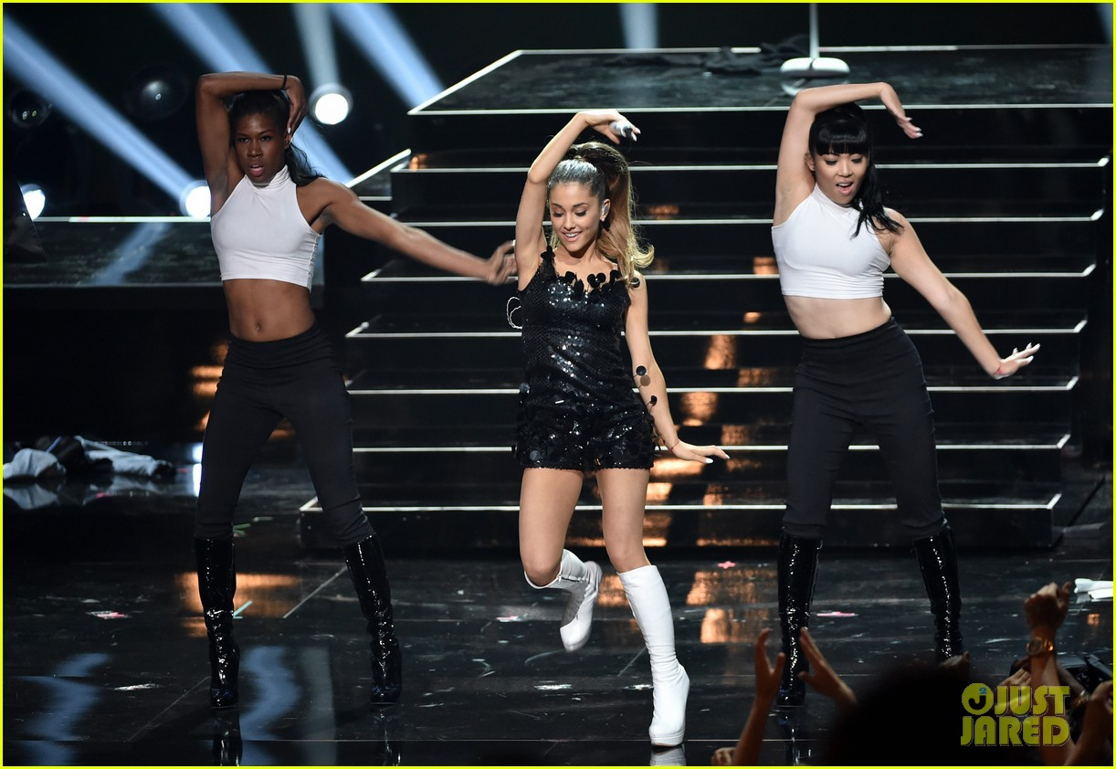 ariana grande iheartradio music awards 2014 103103410
