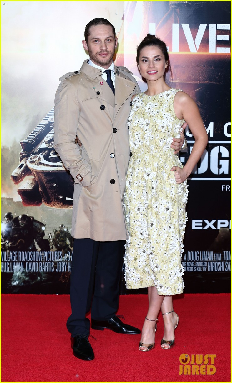 tom hardy supports girlfriend charlotte riley at edge of tomorrow london premiere 093123190