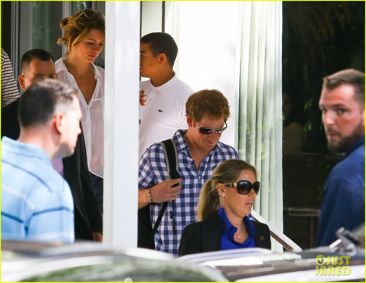 prince harry parties in miami ahead of friends wedding 023103232