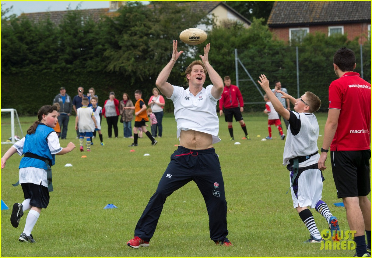 prince harry plays rugby schoolkids flashes his abs in the process 15