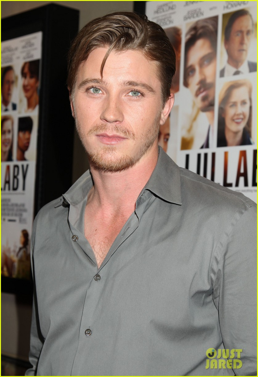 garrett hedlunds winning smile will probably cure your hump day blues 073107304