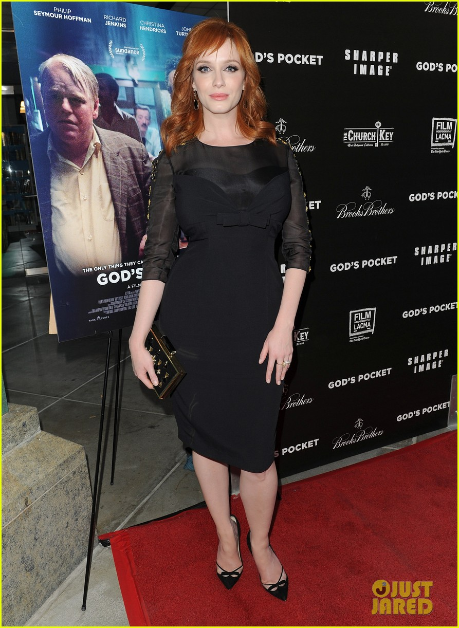 christina hendricks receives loads of support from mad men cast 05