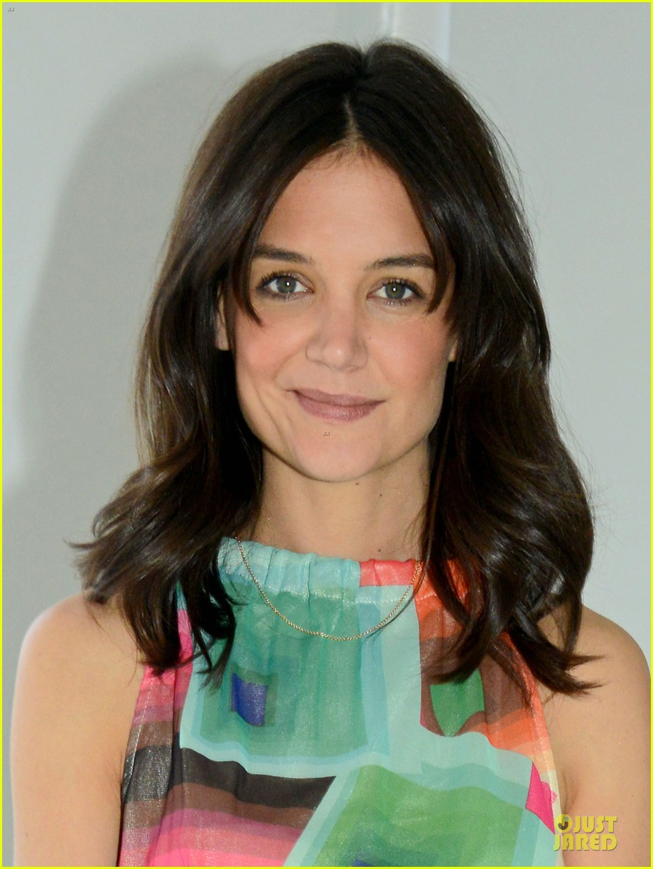 katie holmes bring back our girls movement 02