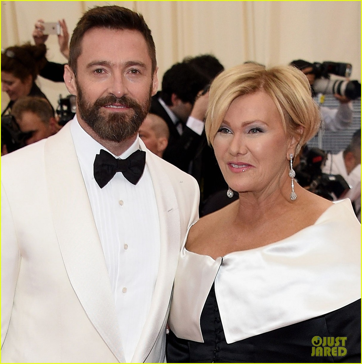 hugh jackman deborra lee furness met ball 2014 01