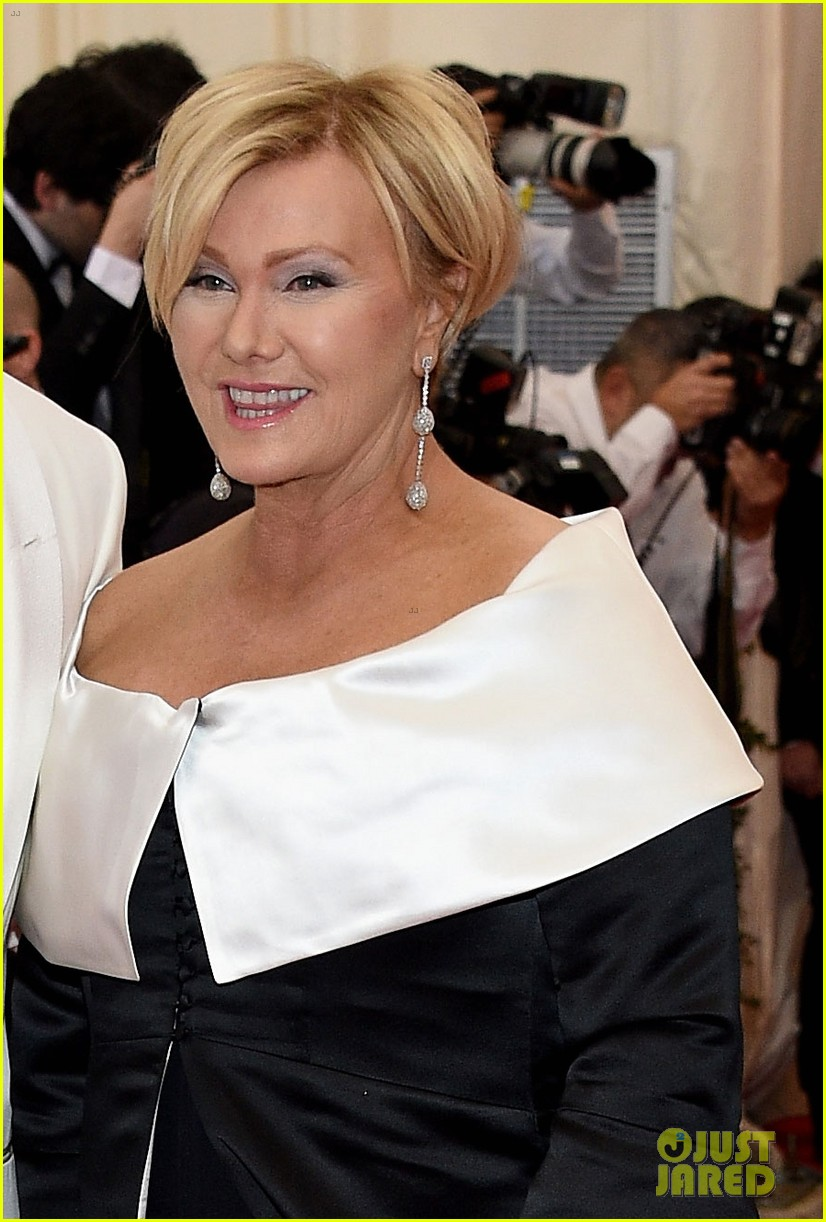 hugh jackman deborra lee furness met ball 2014 05