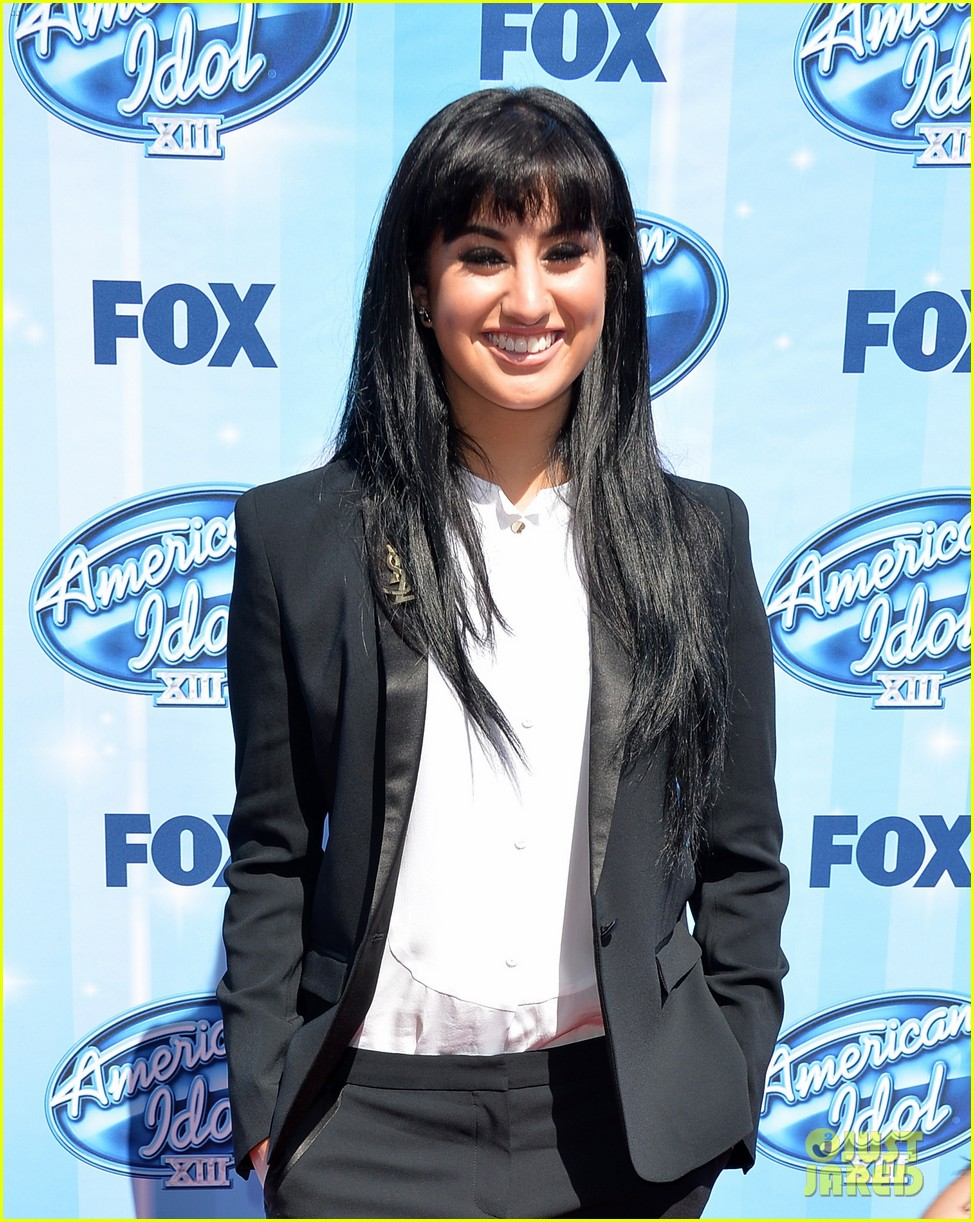 jena irene caleb johnson walk red carpet before american idol finale 13