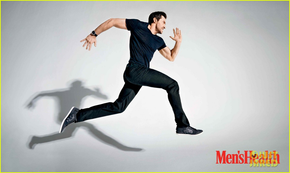 hugh jackman goes wolverine for mens health june 2014 02