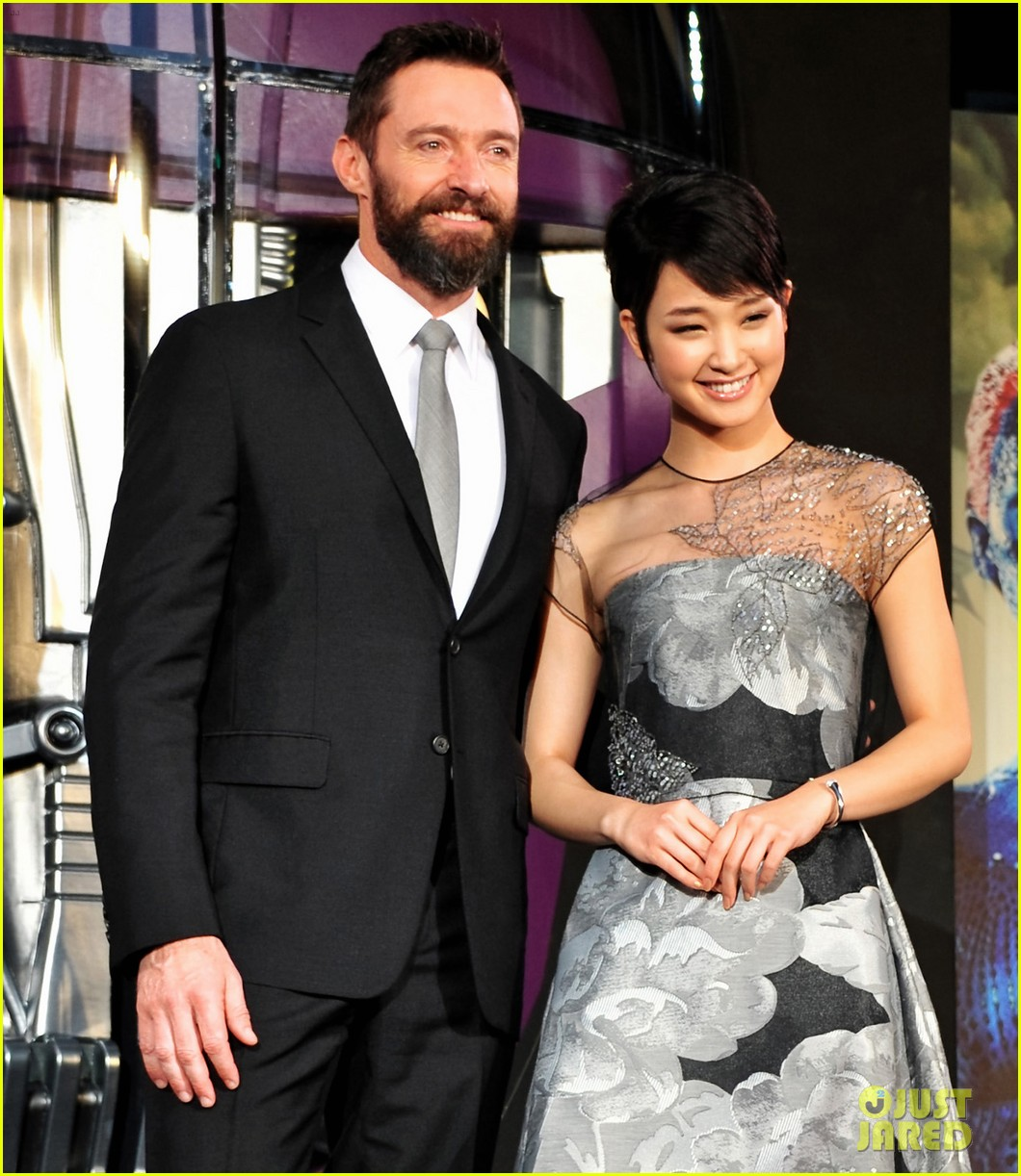 hugh jackman celebrates x men big weekend box office opening 093122619