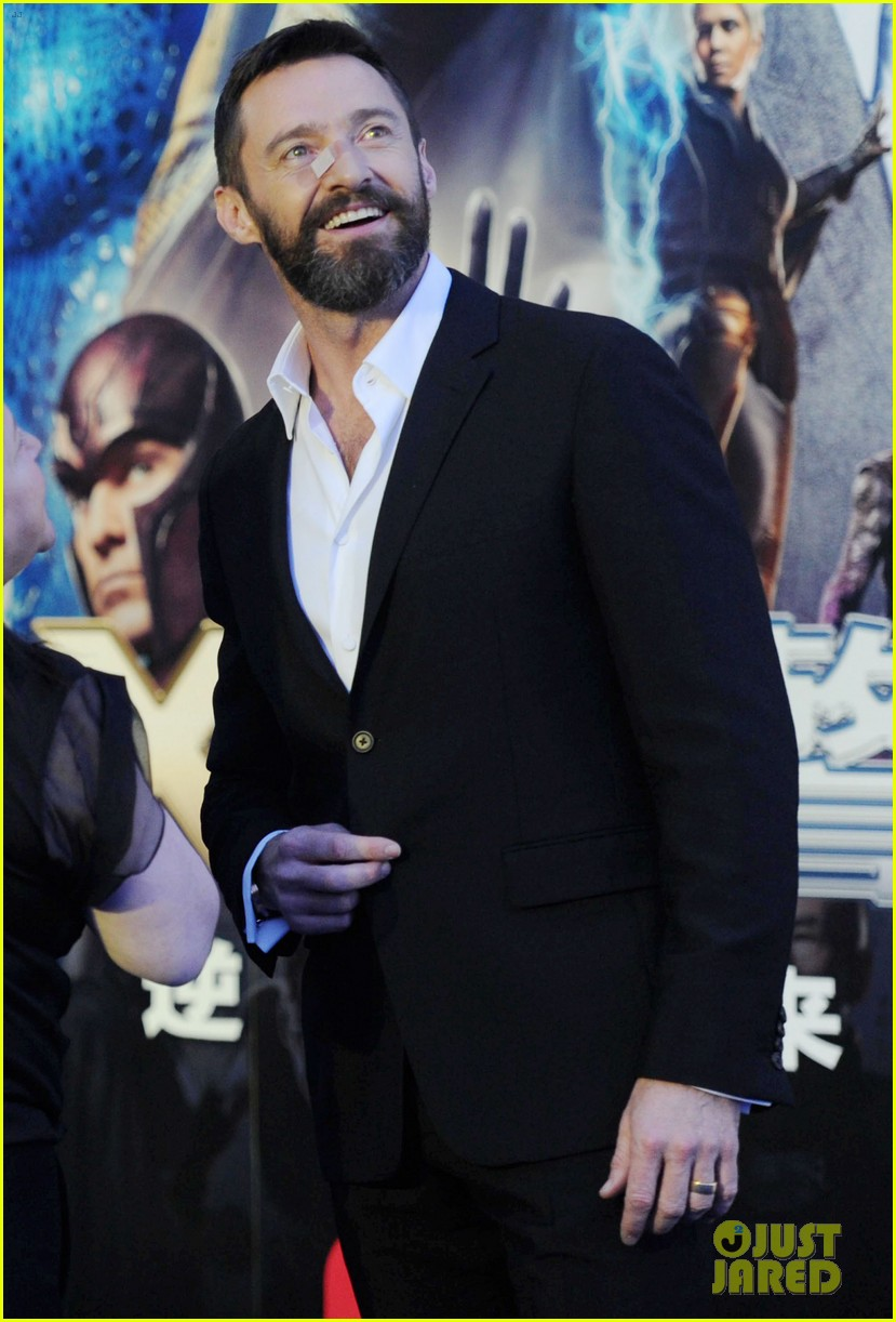 hugh jackman premieres x men with fan bingbing peter dinklage in beijing 14
